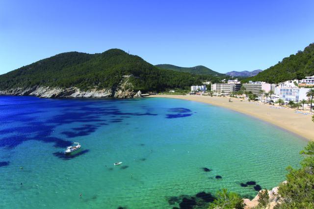 last minute hotel deals Ibiza Balearics - Bargain Late Holidays UK